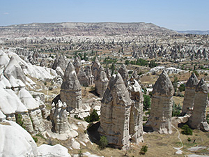 Voyage A Cheval Turquie Cappadoce Asie Les Cheminees De Fees